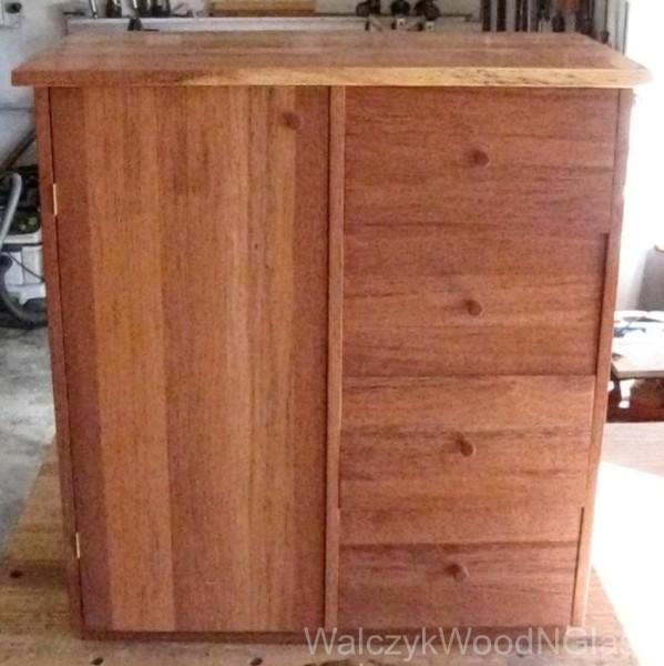 Cupboard for powder 'room'
